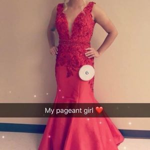 Beautiful pageant or prom dress